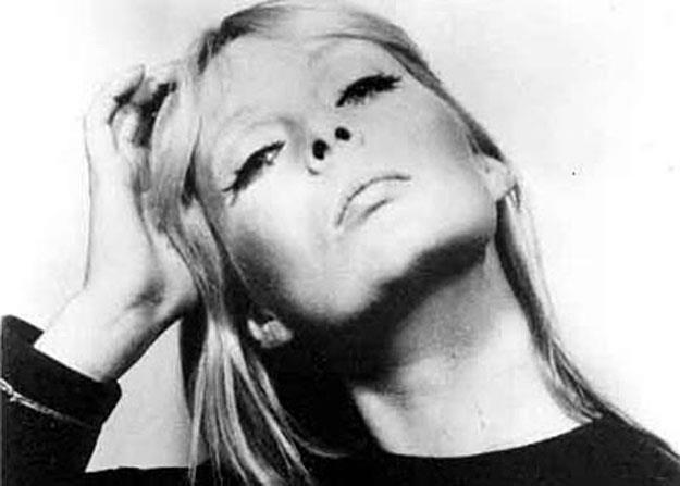 Nico (1938-1988) zginęła w tragicznych okolicznościach /
