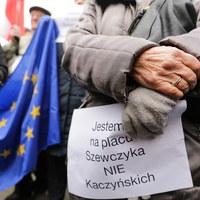Nie chcą placu im. Kaczyńskich. Protest w obronie nazwy placu Szewczyka
