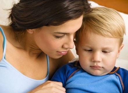 Nie daj dziecku odczuć, że jest tym słabszym /ThetaXstock