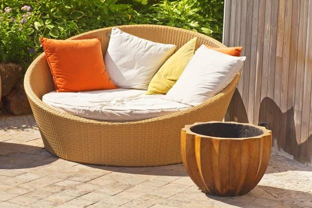 Nie kupuj poduszek, możesz je uszyć /123/RF PICSEL