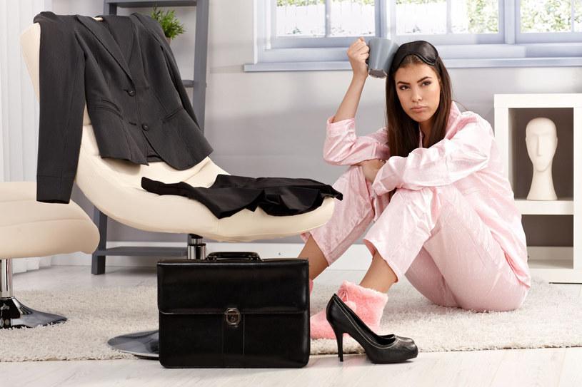 Nie lubisz uniformów? Dla dobra swojej kariery lepiej zaakceptuj odzieżowe zwyczaje firmy /©123RF/PICSEL