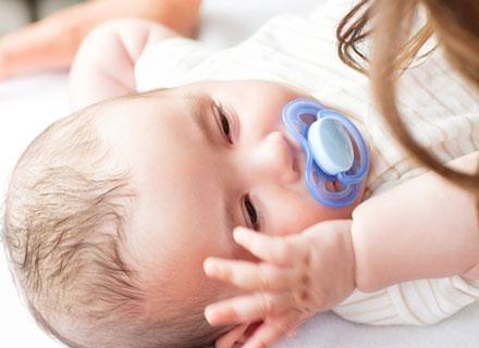 Nie można traktować cesarskiego cięcia jako potencjalnego zagrożenia dla dziecka /© Panthermedia