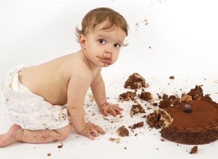 Nie musisz sięgać po wypieki z cukierni, by zaspokoić dziecięcą chętkę na słodycze /© Panthermedia