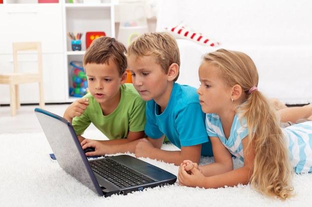 Nie pozwól dziecku na długie korzystanie z komputera /123/RF PICSEL