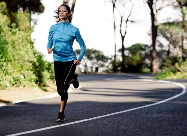 Nie rezygnuj z aktywności fizycznej, nawet podczas PMS /©123RF/PICSEL