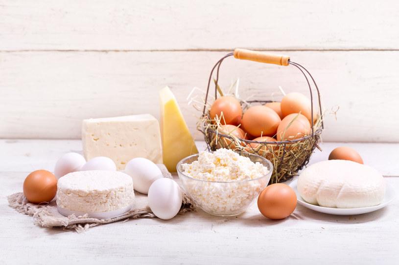 Nie rezygnuj z mleczych produktów /©123RF/PICSEL