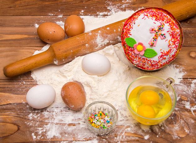 Nie trzeba rezygnować z ciast - wystarczy je odchudzić /123RF/PICSEL