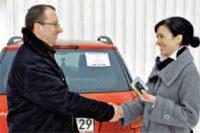 """Nie tylko kupujący, ale i dotychczasowy właściciel musi dopełnić formalności. Fot. Bartosz Grzywna /tygodnik """"Motor"""""""