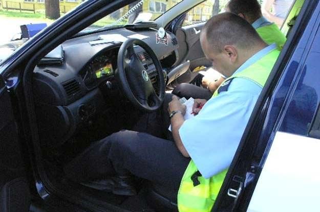 Nie tylko policja ma prawo zatrzymać samochód /INTERIA.PL