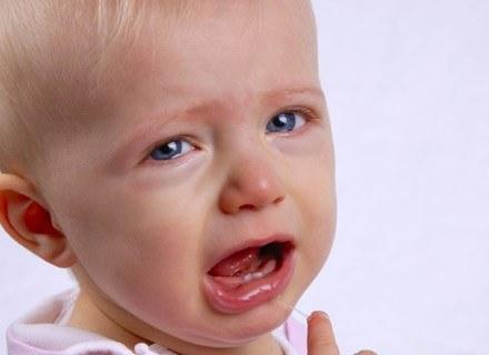 Nie wszyscy rodzice wiedzą, jak się zachować w sytuacji, gdy ich dziecko ulegnie poparzeniu /© Panthermedia