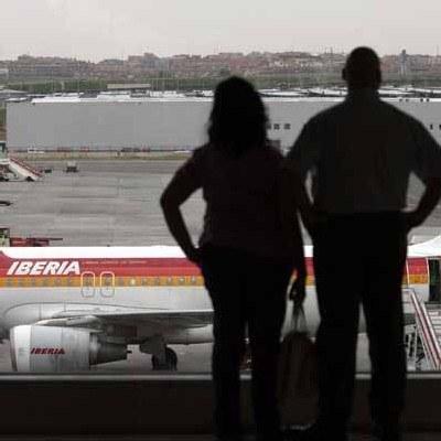 Nie wyklucza się przejęcia Iberii przez światowego potentata - British Airways /AFP