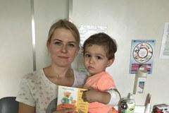 Nie zapomnieliśmy o dzieciach leczących się w Śląskiem! Audiobooki w rękach najmłodszych