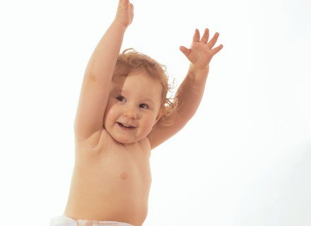 Niektóre dzieci rosną jak na drożdżach, inne nieco wolniej. /ThetaXstock