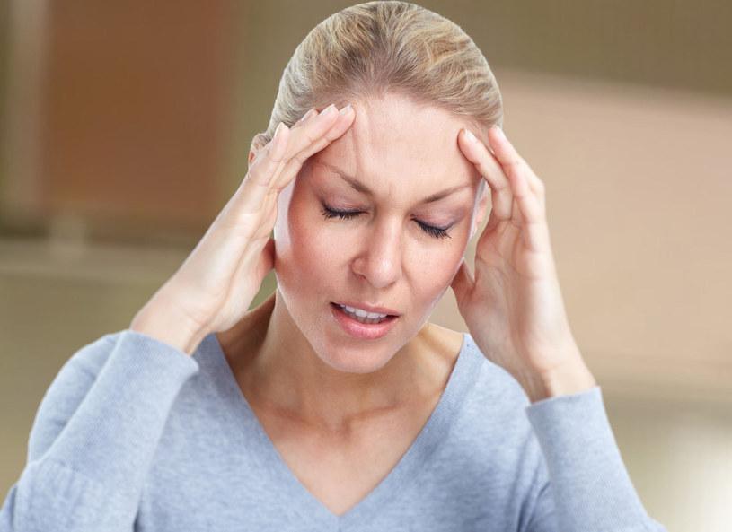 Niektóre potrawy i napoje zawierają tyraminę i serotoninę – substancje, które mogą wywoływać migrenowe bóle głowy /Picsel /123RF/PICSEL