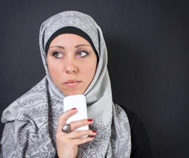 Niemcy będą sprawdzać telefony imigrantów?