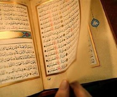 Niemcy: Islamiści chcą rozdać 25 mln egzemplarzy Koranu
