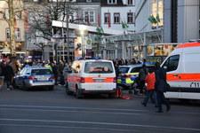 Niemcy: Kierowca wjechał na deptak w centrum miasta