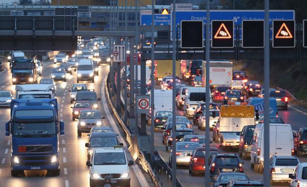 Niemcy nie zmieniają zdania ws. płacy minimalnej dla kierowców /Sean Gallup /Getty Images