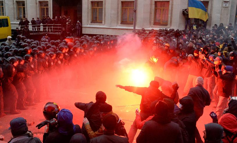 Niemcy ostrzegają władze Ukrainy przed używaniem siły wobec demonstrantów /AFP