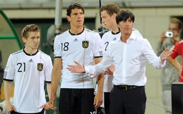 Niemcy posyłają do RPA najmłodszą drużynę od 76 lat /AFP