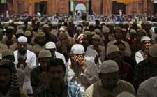 Niemcy: Sąd nakazał przywrócić do pracy radykalnego islamistę