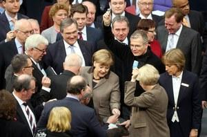 Niemcy: To Merkel przekonała Janukowycza do uznania mediacji