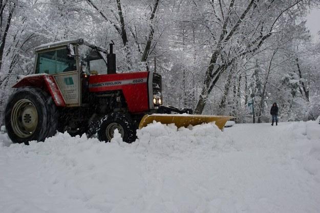 Niemcy ukradli traktor używany do odśnieżania / Fot: Tadeusz Koniarz /Reporter