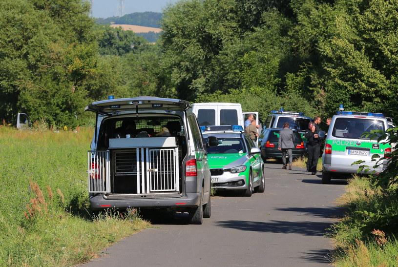 Niemiecka policja prowadzi śledztwo w sprawie ataku /PAP/EPA