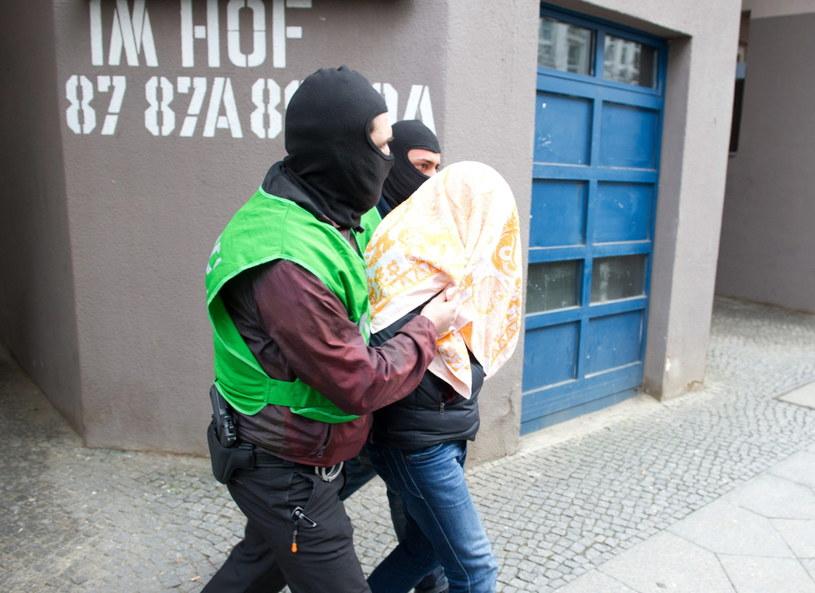 Niemiecka policja rozbiła grupę islamskich terrorystów /PAUL ZINKEN  /PAP/EPA
