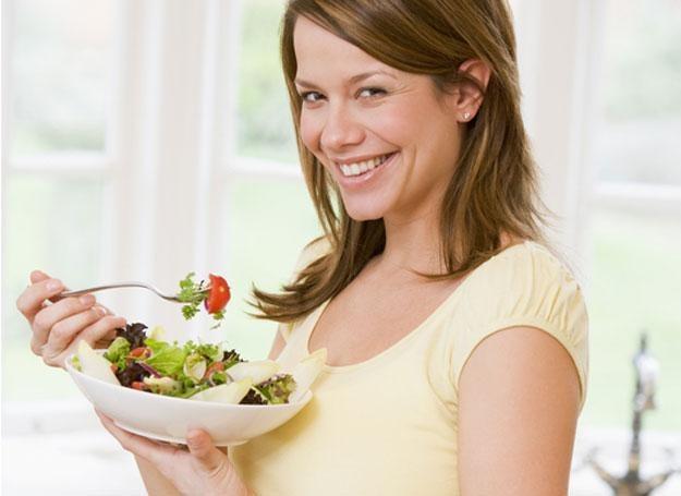 Nieprawidłowe żywienie może prowadzić do symptomów, które uważamy za oznaki starzenia się /© Panthermedia