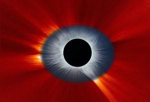 Niesamowite zdjęcie Słońca - wygląda jak oko