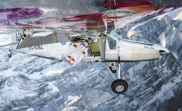 Niesamowity wyczyn francuskich spadochroniarzy. Skoczyli ze zbocza Jungfrau wprost do samolotu