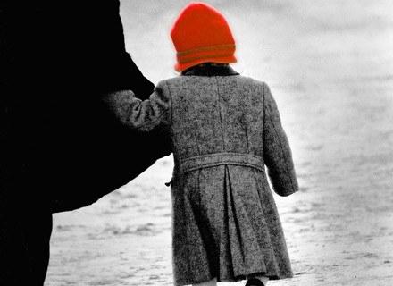 """Nieśmiałość dziecka to """"przypadłość"""", która pociąga za sobą mnóstwo skutków, fot. Marcin Konopka /Miasto Dzieci"""