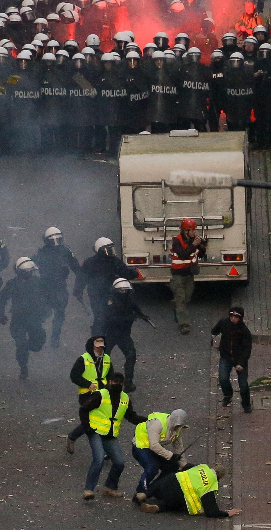 Niespokojnie na Marszu Niepodległości /Paweł Supernak /PAP