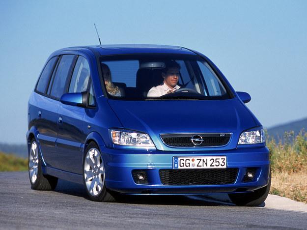 Niestety, na polskim rynku wtórnym auto trafia się wyjątkowo rzadko. /Motor