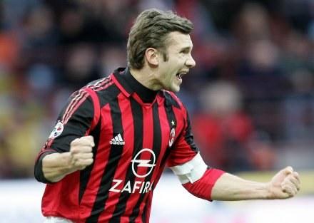 Niewykluczone, że Andrij Szewczenko znów założy koszulkę AC Milanu /AFP
