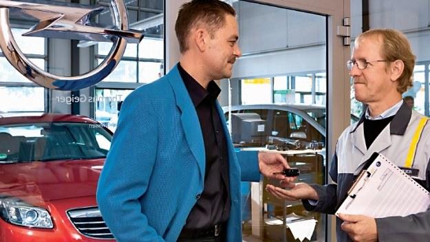 Niezależnie od wieku samochodu wymianę rozrządu warto zlecić w ASO. /Motor