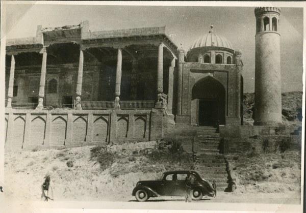 Meczet z minaretem, Samarkanda 10–13 VII 1942 r. AAN, Akta Leona Wacława Koca, sygn. 22.