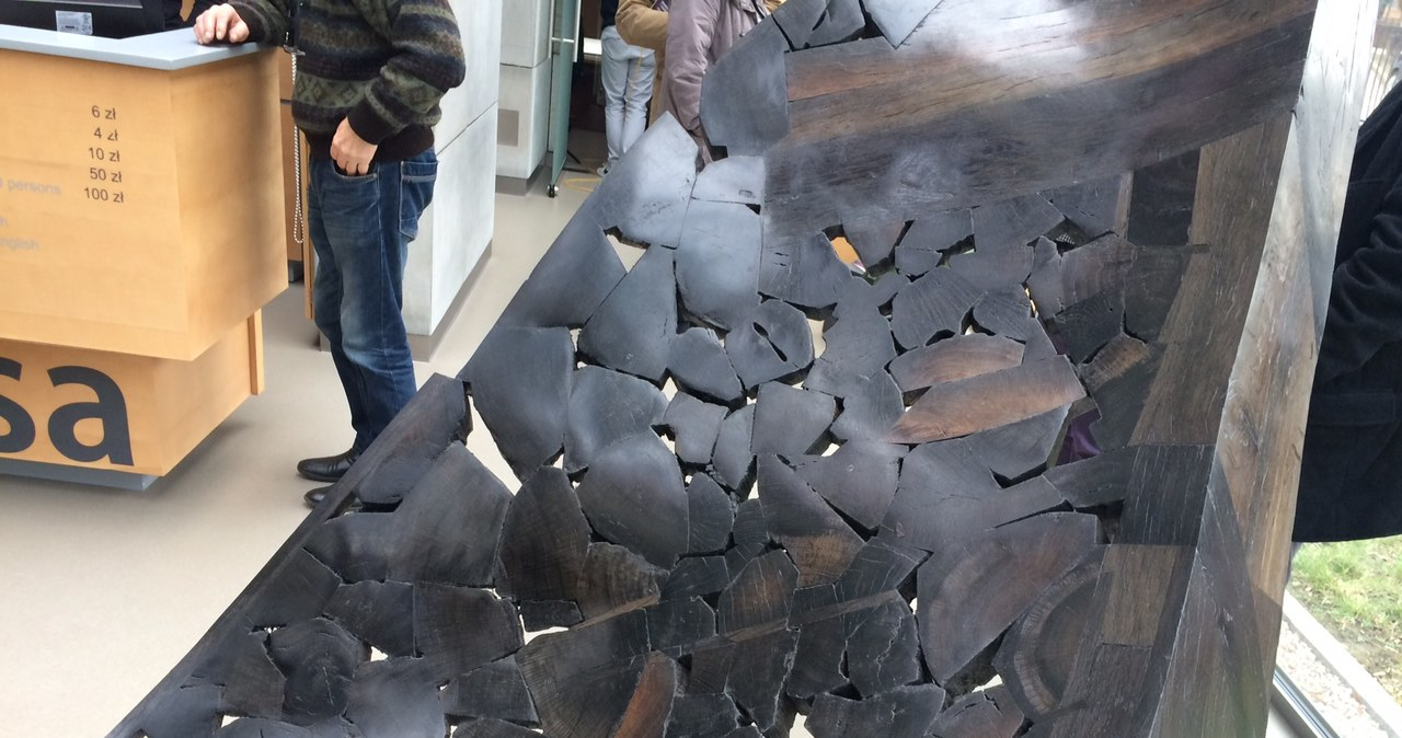 Niezwykła rzeźba z drewna, które ma 1050 lat