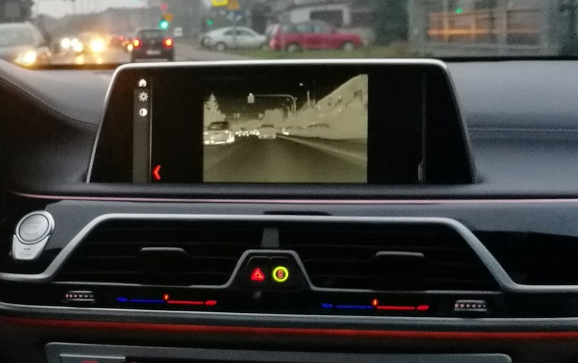 Night Vision w BMW 750Li /INTERIA.PL