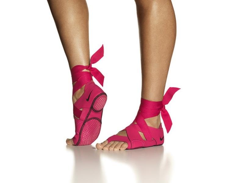 Nike Studio Wrap - buty w kórych ćwiczy się jak boso /materiały prasowe