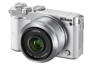 Nikon 1 J5 - bezlusterkowiec z nagrywaniem 4K