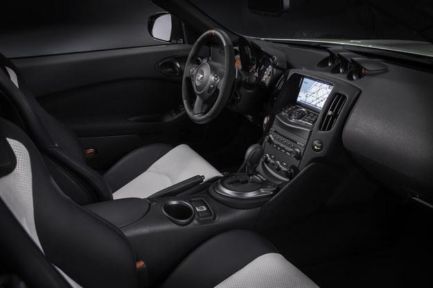Nissan 370Z Nismo Roadster concept /Nissan