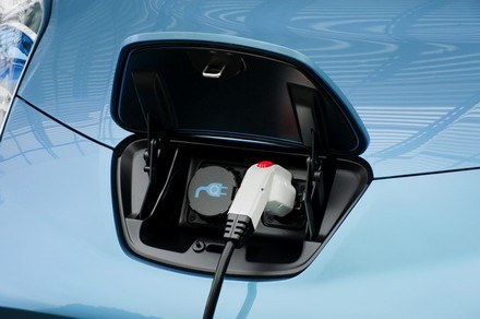 Nissan Leaf EV /