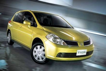 Nissan tiida / Kliknij /INTERIA.PL