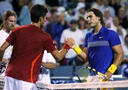 Novak Djokovic wyeliminował 6:1, 6:4 Hiszpana Rafaela Nadala /AFP