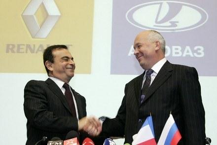 Nowa przyjaźń francusko-rosyjska /AFP