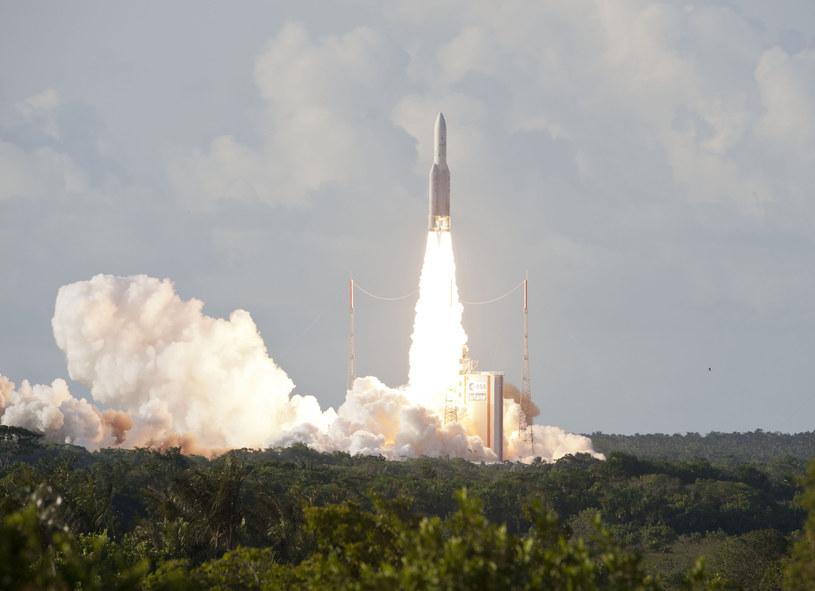Nowa rakieta Ariane będzie mogła wynieść do około 6,5 tony na orbitę transferową do geostacjonarnej /AFP