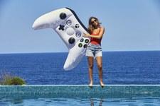 Nowa wersja kontrolera Xbox One pozwoli pływać w wodzie