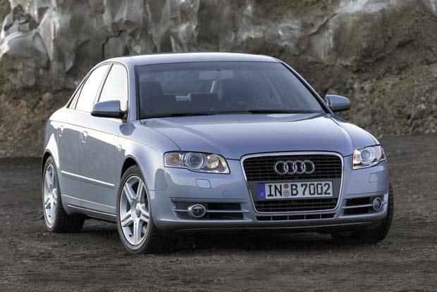 Nowe audi A4 w wersji sedan / kliknij /INTERIA.PL